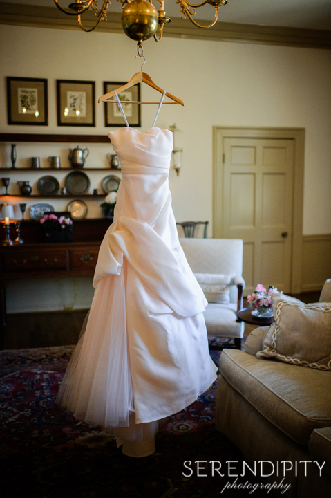river oaks garden club wedding wedding dress rustic charm houston wedding photographers